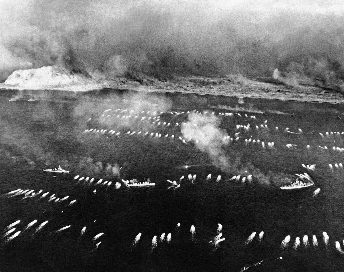 Landing waves on Iwo Jima