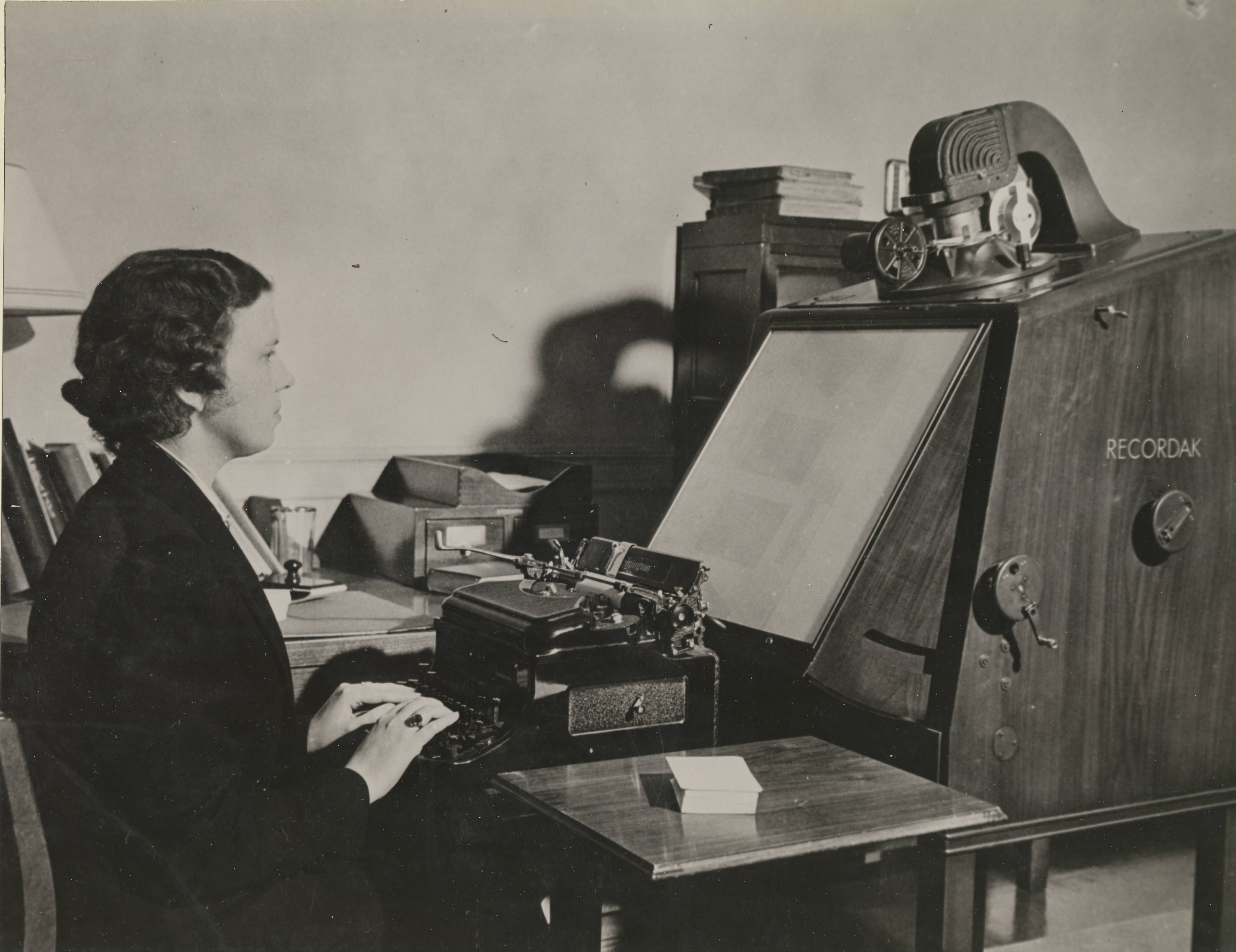 64-NA-362 Copying Info from Microfilm, 1940.JPG