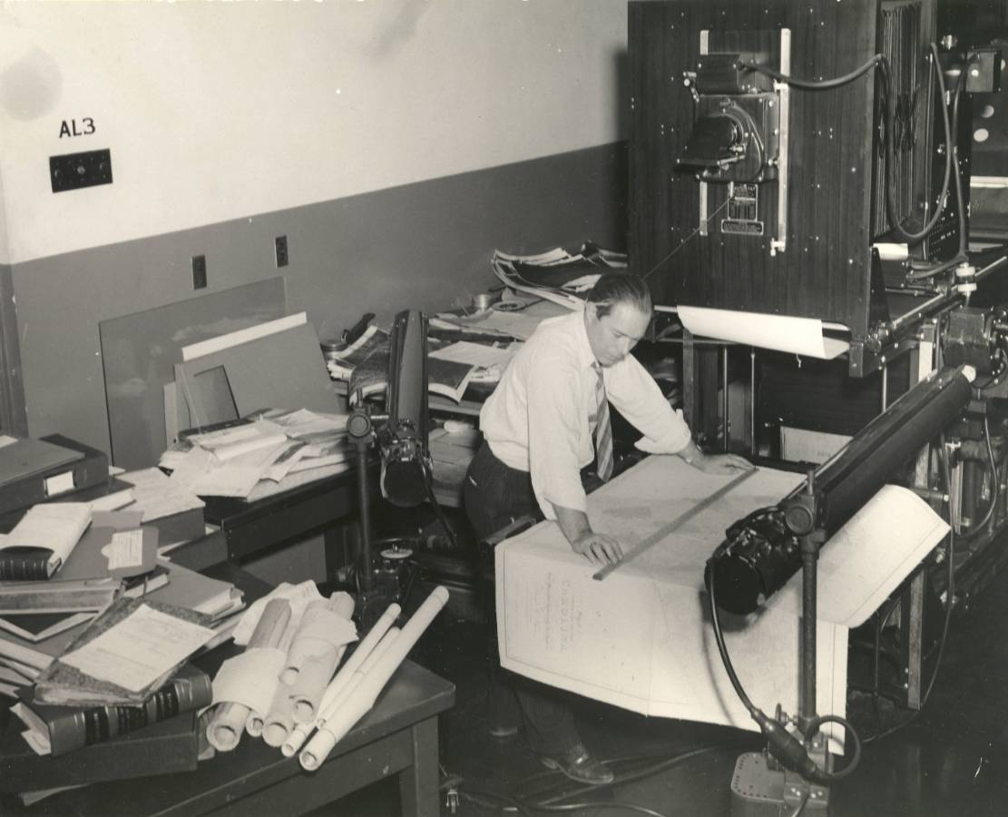 64-NA-501 Photostat Machine, 1947.JPG