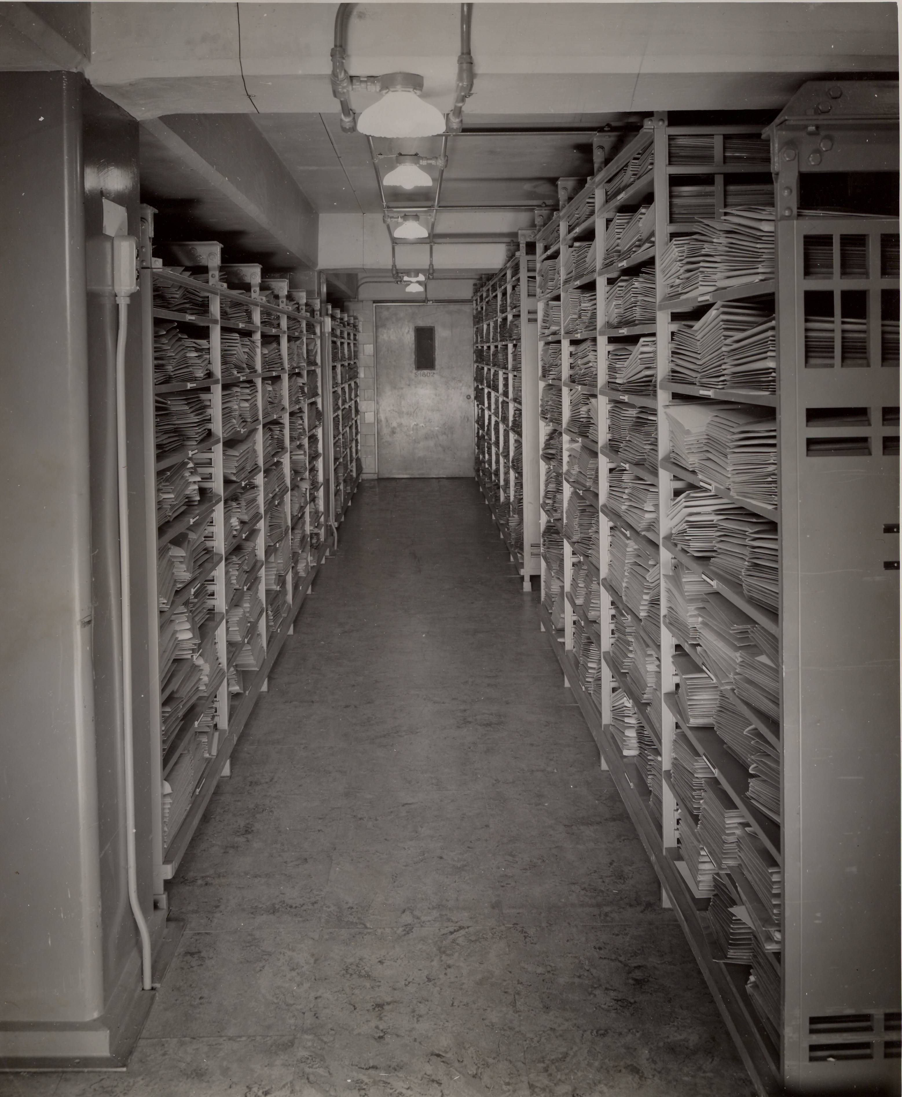 RG 64, P 112, file Records - Preservation - Flat Filing - Flat Files in Stack S-1804, Aug. 1942.jpg