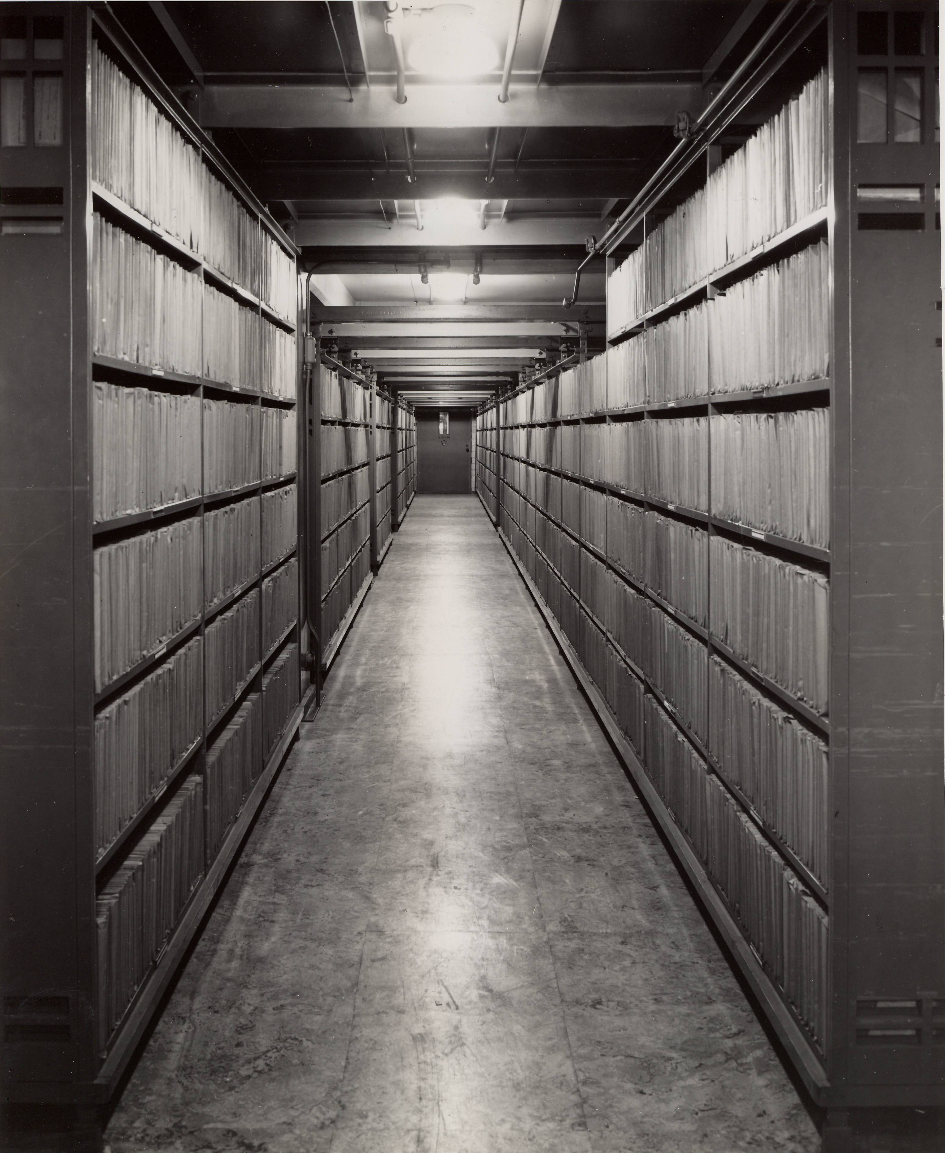 RG 64, P 112, file Records - Preservation - Flat Filing - Vertical Files in Stack S-2003, Aug. 1942.jpg